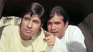 Amitabh Bachchan and Rajesh Khanna in Anand (1971)